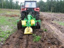 Double mouldboard plough with a Subsoiler LPz-OTL